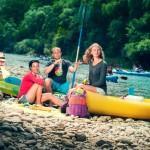 grupo en el rio sella